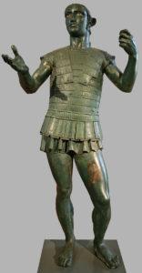 """Der """"Mars of Todi"""", eine Etruskische Bronze des frühen 4. Jhdt. v.Chr., einen Krieger darstellend, Todi- Museum Gregoriano Etruscano"""